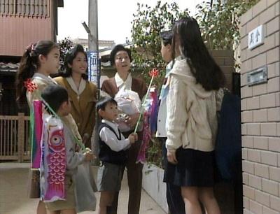 渡鬼第1シリーズ第27回。こどもの日に当時の孫たちが勢揃いした岡倉邸
