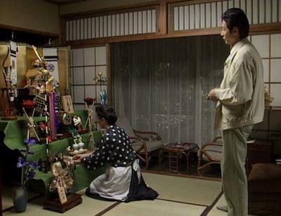 渡鬼第1シリーズ第28回。こどもの日に五月人形を用意した高橋年子